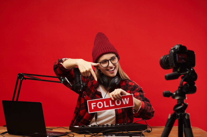 What Is a Social Media Influencer and How to Become a Successful One?